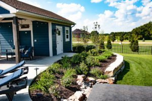 Doctor's Lawn Kansas City Landscape Maintenance